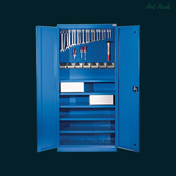 Метален шкаф за инструменти
